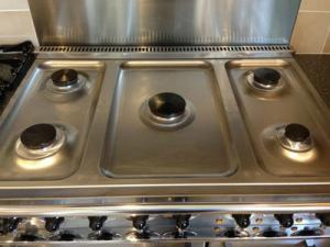 Cleaned - Falcon Range oven hob